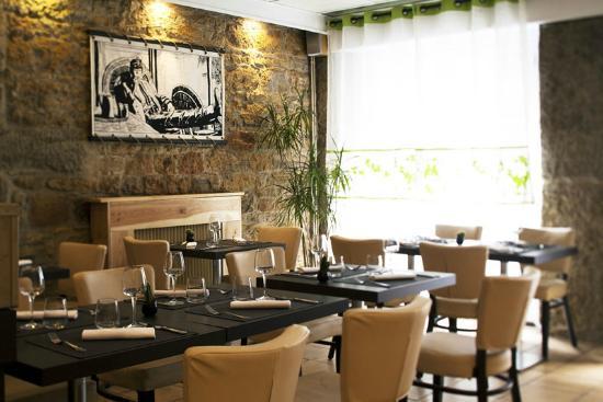 Le Pavillon: La salle de restaurant