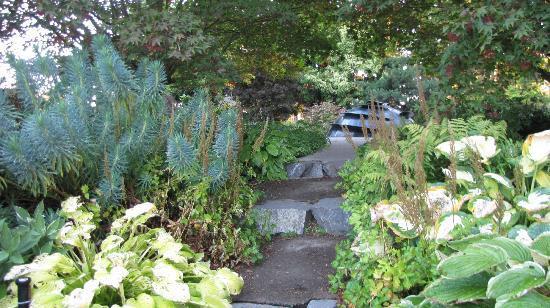 Evergreen Arboretum Gardens Picture Of Evergreen