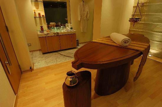 Hyatt Regency Kolkata: Club Prana Massage Room