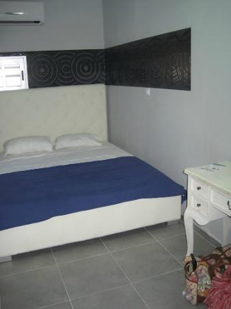 Rich Luxury Suites : Bedroom