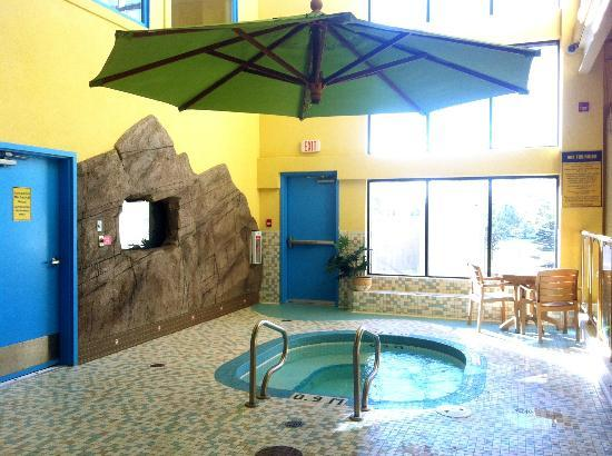 Best Western Plus Port O'Call Hotel : Water park hot tub