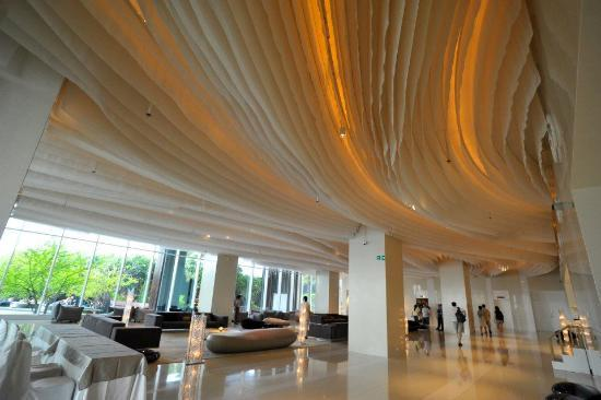 Hilton Pattaya: Lobby (Reception)