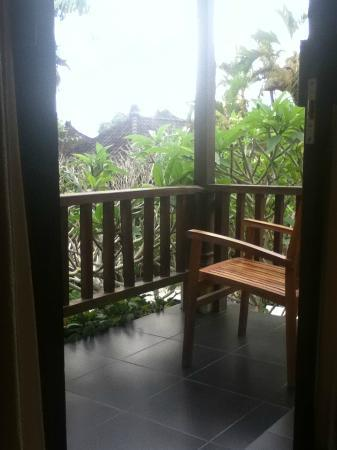 Lokasari Bungalows Spa & Gallery: View from the upstairs bedroom