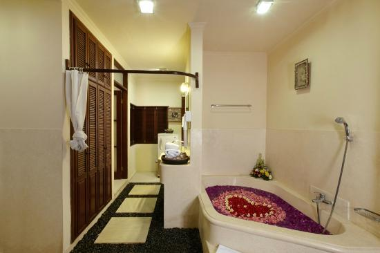 Bath Room With Open Shower - Picture of Putu Bali Villa and Spa ...