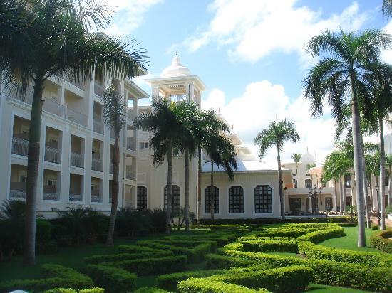 Hotel Riu Palace Punta Cana: les batiments de l hotel