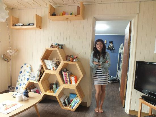 Guesthouse Beehive: Me & Beehive ;)