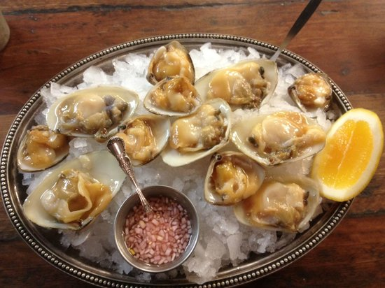 Depot Eatery & Oyster Bar: LIVE Cloudy Bay Clams - exquisite flavours