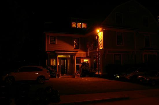 The Samuel Sewall Inn: The Inn at Night