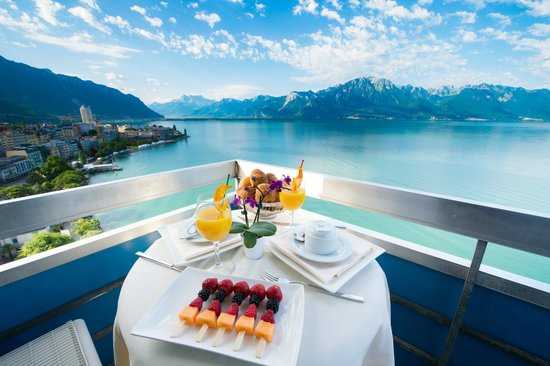 Eurotel Riviera Montreux : View from the balcony