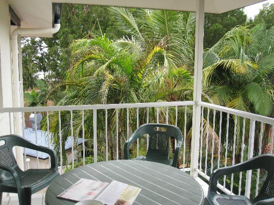 Golden Sands Beachfront Resort: balcony
