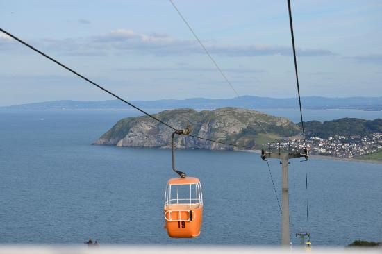 Great Orme: On the way down on the cable car and such a beautiful place