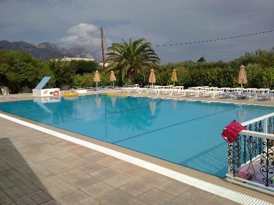 Nikos II Apartments: Nikos ll Pool 2nd to none