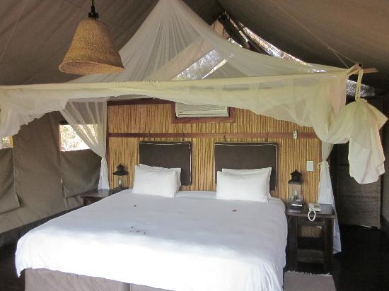 Thakadu River Camp: letto