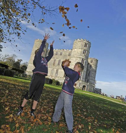 Lulworth Castle & Park: Enjoying the autumn colours at Lulworth Castle