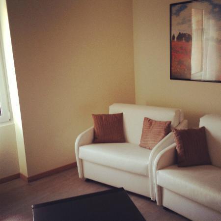 Hotel Castello Lake Front: Eingangsbereich Suite