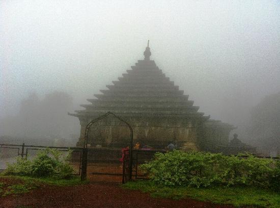 Mahabaleshwar Temple Picture Of Mahabaleshwar Temple Mahabaleshwar Tripadvisor