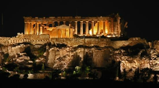 โรงแรมอพอลโล่: Acropolis from the roof top terrace of Hotel Apollo