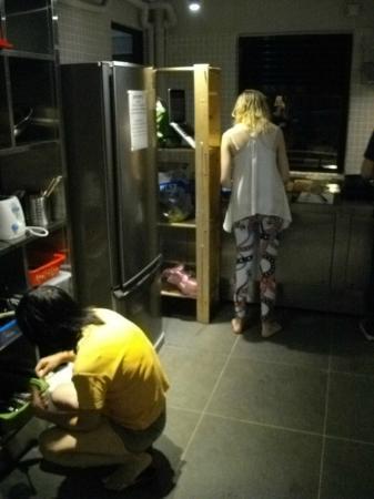 Jockey Club Mt. Davis Youth Hostel: preparing food