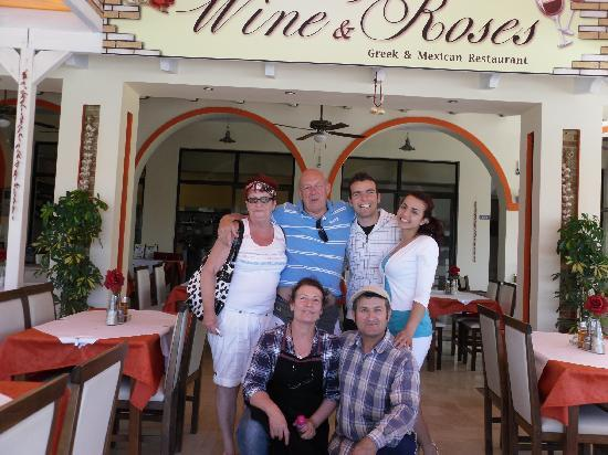 Wine & Roses Restaurant: A FANTASTIC NIGHT