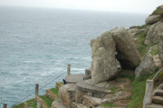 Minack Theatre: Steep pathways