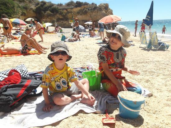 Muthu Forte da Oura: Oura Beach