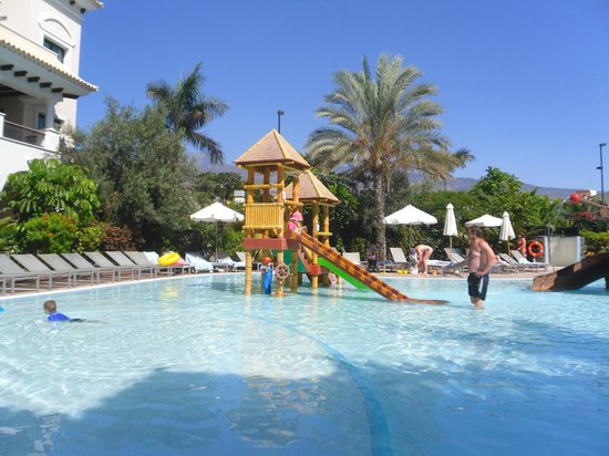 Gran Melia Palacio de Isora Resort & Spa: The Pirate pool great for kids