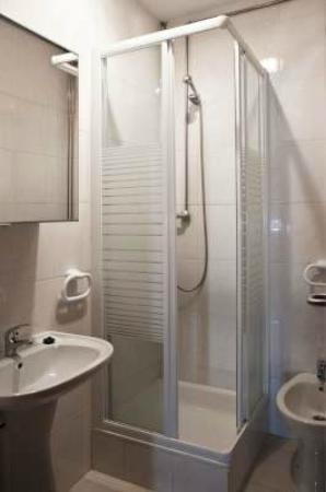 Casa das Taipas: Junior suite - wc