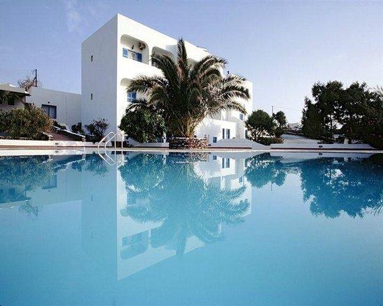 Anemomilos Hotel Apartments: Pool