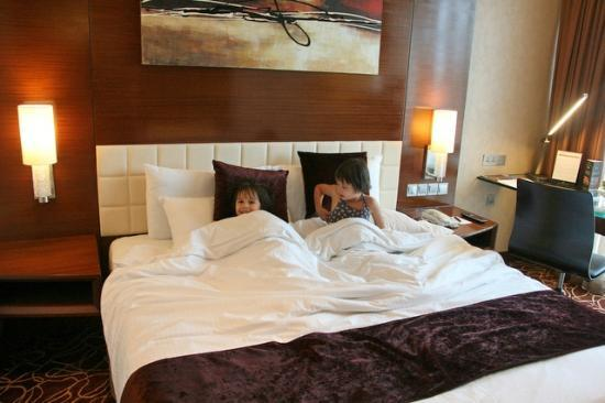 Park Hotel Clarke Quay: Rooms are comfy for sure!