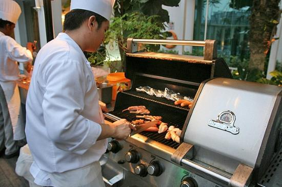 Chefs At The Poolside Bbq Picture Of Park Hotel Clarke Quay