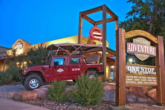 Moab Adventure Center - Day Tours