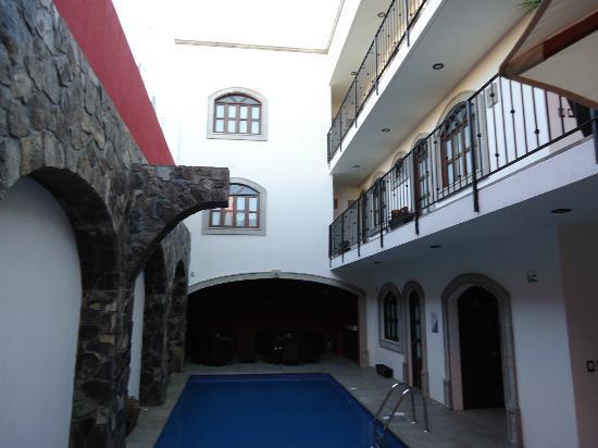 Hotel San Xavier: Alberca Climatizada...