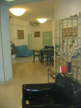 Albergo Hotel Ricchi : Salle à reposer/jouer