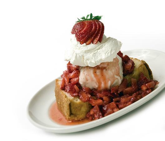 Connors Steak & Seafood : Strawberry Shortcake