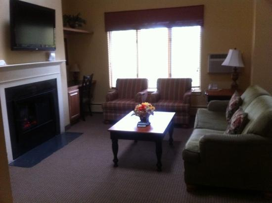 Holiday Inn Club Vacations Mount Ascutney Resort: living area