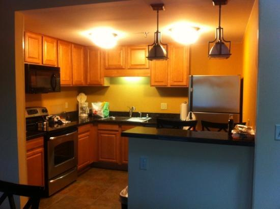 Holiday Inn Club Vacations Mount Ascutney Resort: Full kitchen