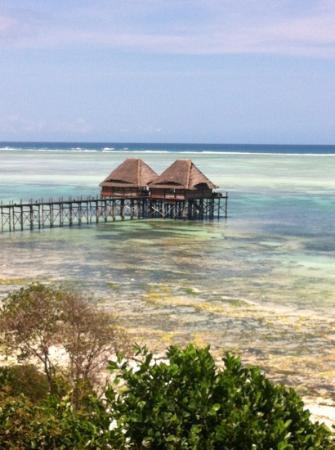 Melia Zanzibar: vue restaurant et bar tapas sur pilotis
