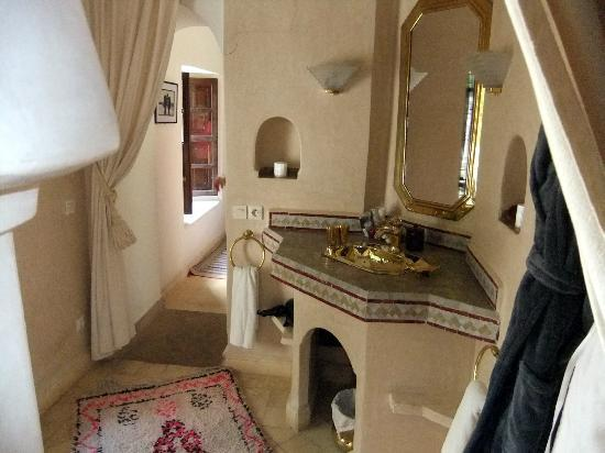 Riad Anabel: Rose Suite Bathroom