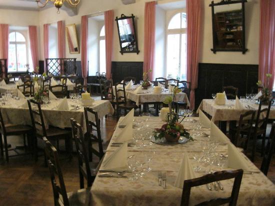Hotel Glacier Du Rhone: Festlicher Speisesaal