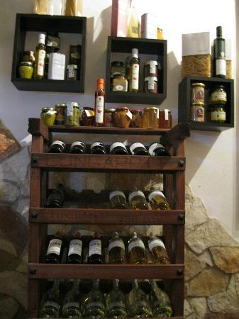 La Locanda del Capitano: What GianCarlo doesn't know about local produce isn't worth knowing - take his advice and try it