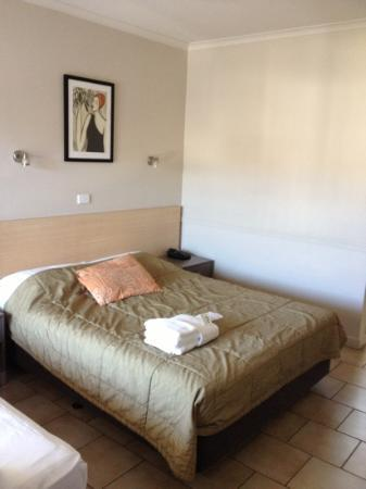 Comfort Inn Cairns City: double bed