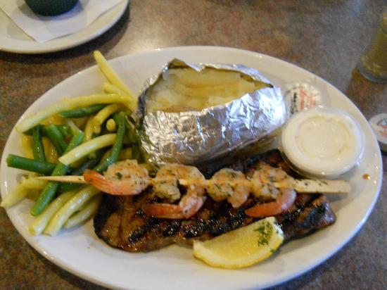 Prime Time Steakhouse: Steak & Shrimp - fresh green and yellow beans