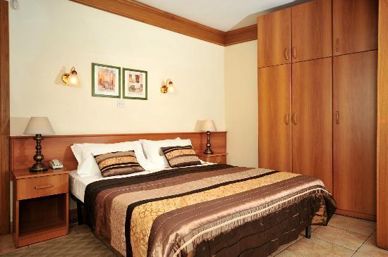 Rokna: Double Room first floor