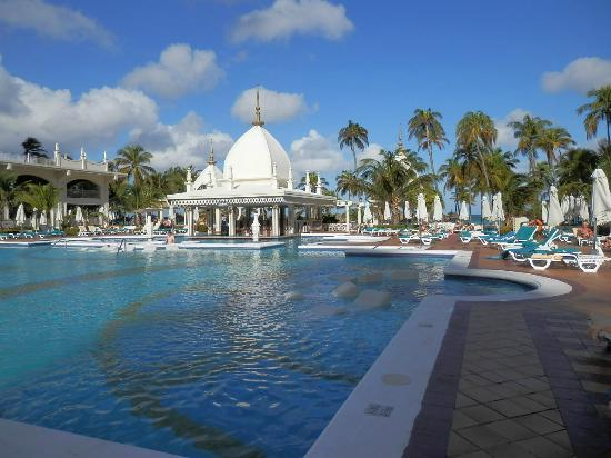 Hotel Riu Palace Aruba: Swimming pool