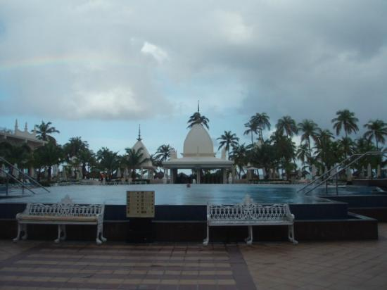 Hotel Riu Palace Aruba: Pool area