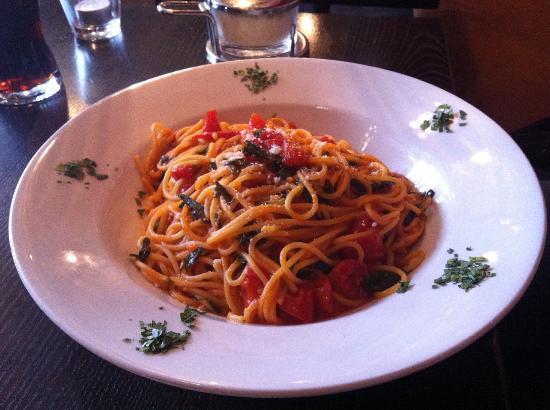 L'Osteria: Leckere Spaghetti