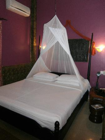 Bopha Siem Reap Boutique Hotel: Room