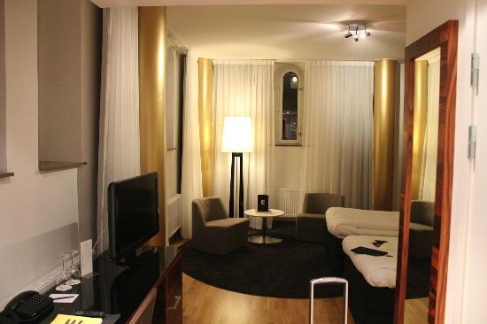 Elite Hotel Marina Tower : Room