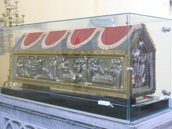 Collegiale Saint-Hadelin de Vise: Châsse de Saint-Hadelin ( 1130-1150 )