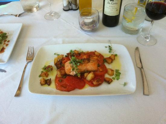 Balcon De Frigiliana: Salmon main course - €10 menu del dia